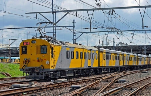 Metro rail train pictures