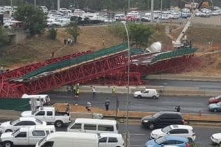 M1 Bridge collapse