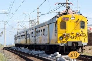 Metrorail train