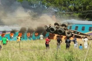 A Shosholoza Meyl train was en route to Johannesburg from Port Elizabeth when it collided with a truck at the Geneva level crossing in the Free State Photo: Arrive Alive