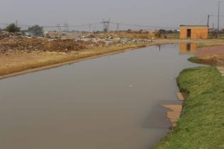 Sewage floods Mongau Street in Tshepiso, Sharpeville, in Emfuleni Local Municipality