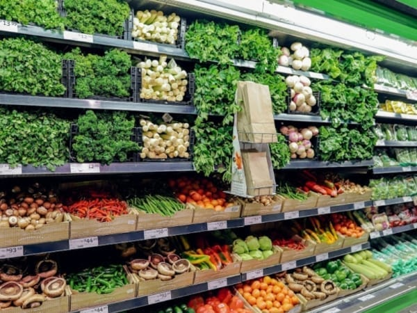 'Nude wall' and plastic-free fruit and vegetables now available at Pick n Pay
