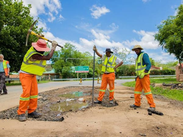 Three-year project to upgrade Fort Beaufort to Alice road