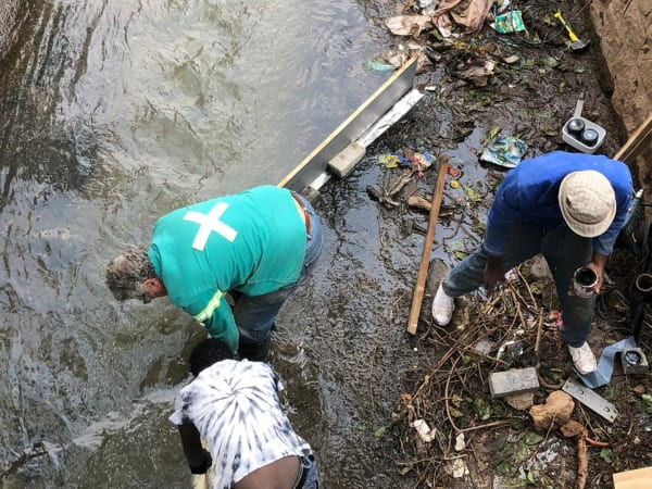 SRK engineers, scientists support the Jukskei river clean-up project