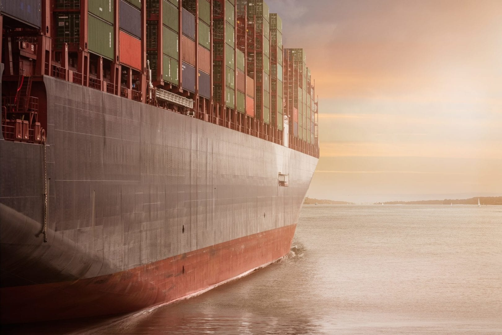 How the marine sector can work towards low carbon shipping