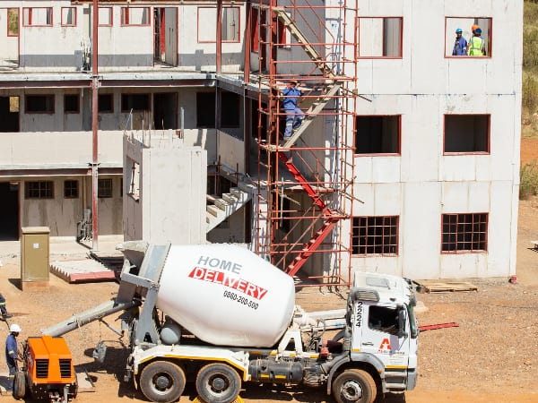 Top-end wall technology enhances new homes in Thembisa